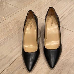 Michael Kors Black Leather Pumps Size 9